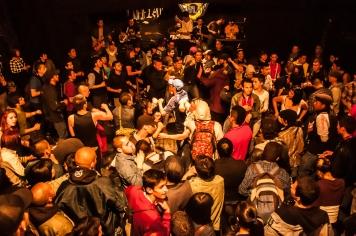 A la reunión, que se celebró el 8 de febrero, asistieron bandas como Desorden Social, Arlekin Rude Klub, Skartone y los Kalaveras, entre otros, hicieron festejar a los asistentes que por solo 8 mil pesos asistieron para escuchar bandas que siguen manteniendo la escena guetto del ska y el punk en la ciudad.