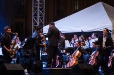 'Resiliencia -capacidad para sobreponerse al dolor- en la Tierra' fue el nombre del evento que se celebró en el marco del Festival Iberoaméricano de Bogotá, para apoyar el fin de la guerra, que en Colombia está próxima a llegar a los 60 años y que concluyó con una pieza del Maestro Turmequé.