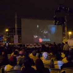 La proyección del largometraje que está a punto de cumplir 5 semanas en las carteleras de cine el próximo viernes 28 de noviembre, se realizó en el recuperado Parque Tercer Milenio, en el Centro de Bogotá. Foto: Mox.k