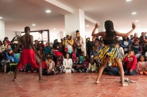 Reunidos el 12 de julio en la casa de la cultura afro en la quinta localidad de Bogotá: Usme; se reunieron docenas de personas entre los que se encontraban blancos y negros para festejar esta jolgorío de la diversidad.
