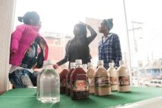 En la que además se pudo disfrutar el alcohol clásico de la región, entre los que se destacan nombres como 'Tomaseca' Y 'Tumbacatre', ambos derivados de la caña de azúcar.