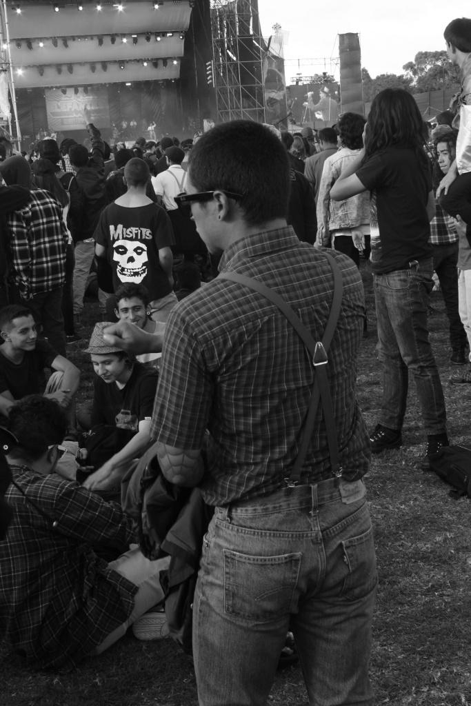 Estas son las fiestas capitalinas. Un escenario repleto de jóvenes que año a año es más diverso, gracias al interés de la sociedad por abrir nuevos espacios de relación entre los ciudadanos.