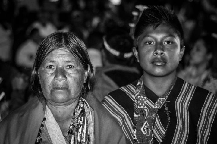 Un encuentro entre dos culturas que resultó en la aniquilación de más del 90 por ciento de las comunidades indígenas del continente, saqueo de sus riquezas y eliminación de su cultura que es nuestro patrimonio. Y que en España celebran como fiesta nacional y en la que invierten 800mil euros anualmente.
