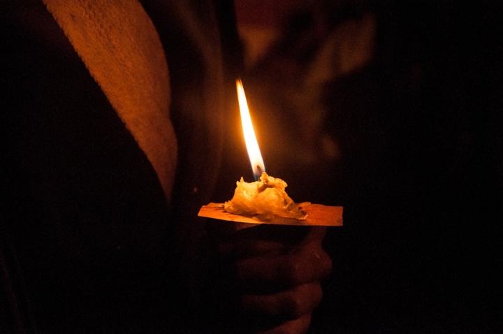 5.La invitación de ese cinco de octubre fue salir a las calles de la ciudad en silencio y con una vela, para reclamar alegóricamente que se encuentra pronto una salida negociada a la lucha con las FARC-EP, tras el resultado en las urnas.