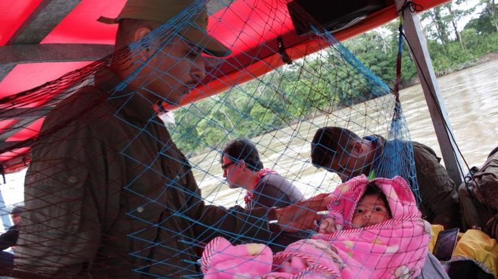 7.Otro desaliento fue la poca comida. Ese día en la mañana, desayunaron pan, jugo y galletas Festival. Los alimentos estaban a cargo del Gobierno Nacional. Muchos miembros de las FARC son madres lactantes. Según el comisionado para la Paz, Sergio Jaramillo, son 65, y hay actualmente 87 embarazadas.